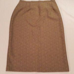 Sag Harbor Linen Look Skirt